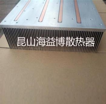 热管插片散热器